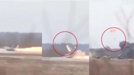 """""""นักบินเบลารุส"""" ดีดตัวออกจากเครื่องบินขับไล่ ก่อนระเบิด"""