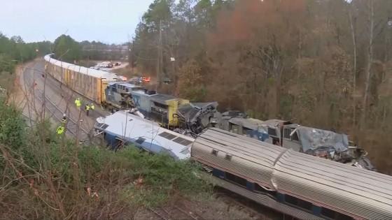 รถไฟชนกันในสหรัฐฯ มีผู้บาดเจ็บนับร้อยคน