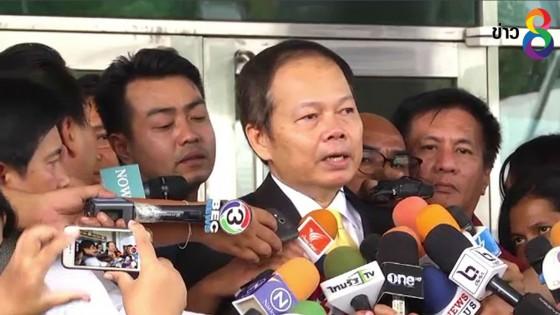 """""""นพดล"""" ไม่กังวลข่าวดูด ส.ส.เพื่อไทย- เชื่อ ปชช.ตัดสินใจในคูหา"""