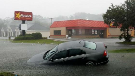 """สหรัฐฯ ประกาศเขตภัยพิบัติ พายุ """"ฟลอเรนซ์"""""""