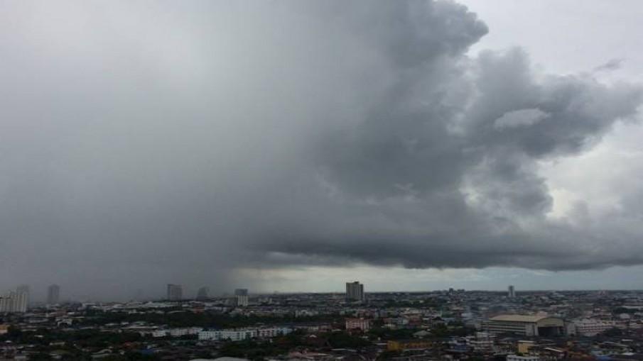 กรมอุตุฯเตือน เสาร์-อาทิตย์ ฝนถล่มเกือบทั้งประเทศ