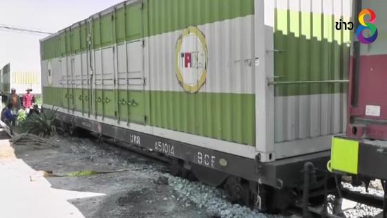 เกิดเหตุรถไฟบรรทุกปูนซีเมนต์ตกรางที่พิจิตร ทำขบวนรถไฟสายเหนือเป็นอัมพาต
