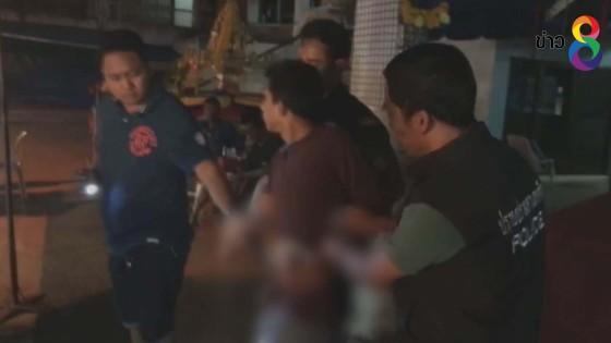 เจ้าหน้าที่จับชายเสพยาไอซ์ กลางตลาดพล่าซ่าหาดใหญ่