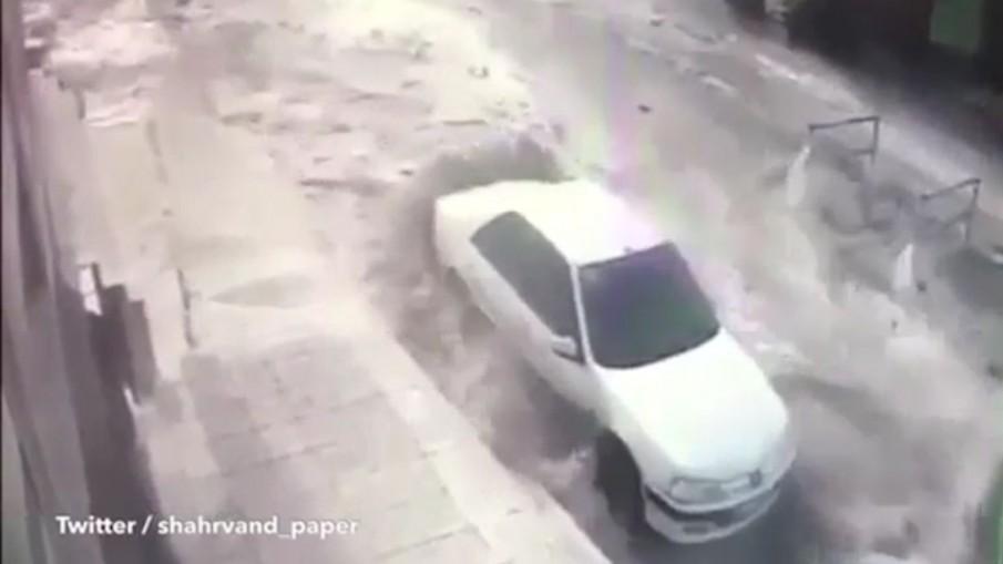 นาทีสึนามิถล่มอิหร่าน!! มีผู้เสียชีวิต 1 คนสูญหาย 5 คน