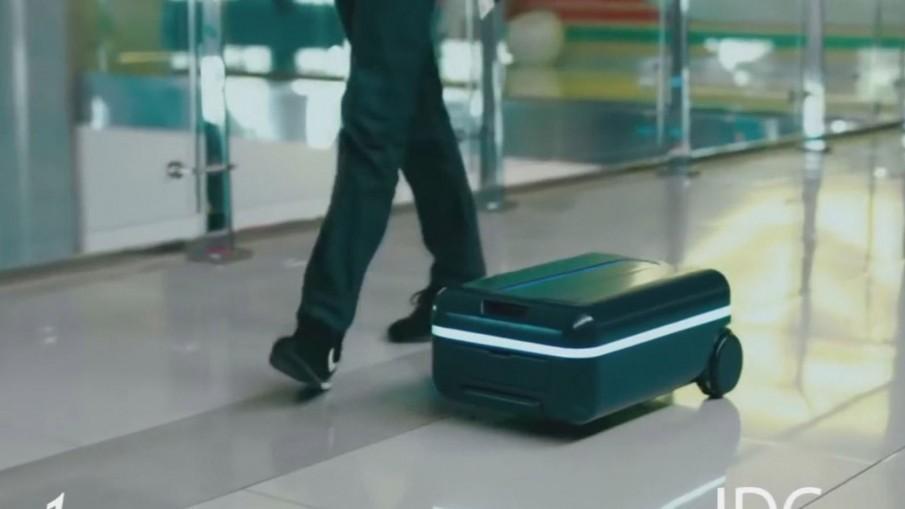 กระเป๋าเดินทางที่เดินเองได้ ไม่ต้องลากไม่ต้องยก